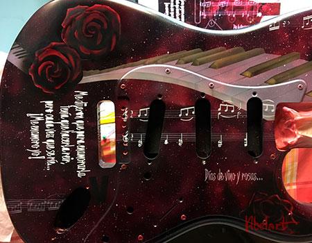 guitarra-pintada-aerografia
